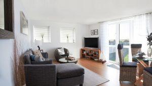 Tre Lowen Living room